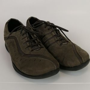 Clarks Wave Leather Comfort Shoes Brown Size 10W